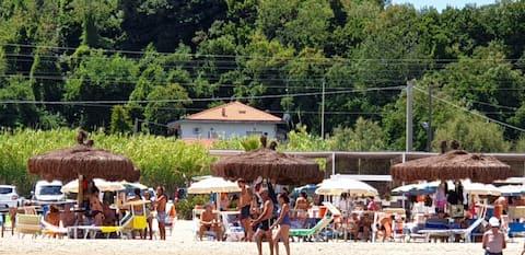 Casa a Lido Riccio, Ortona: mare, frutteto, bosco