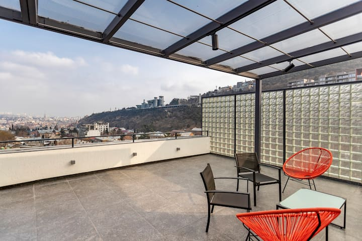 Bright Apartment In Old Tbilisi With Huge Terrace