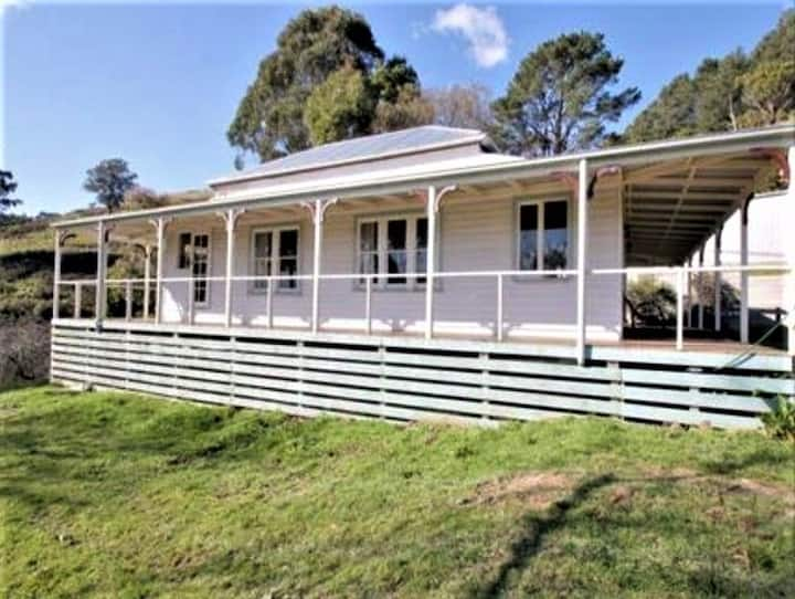 Burra Lodge - Foster Farm Stay