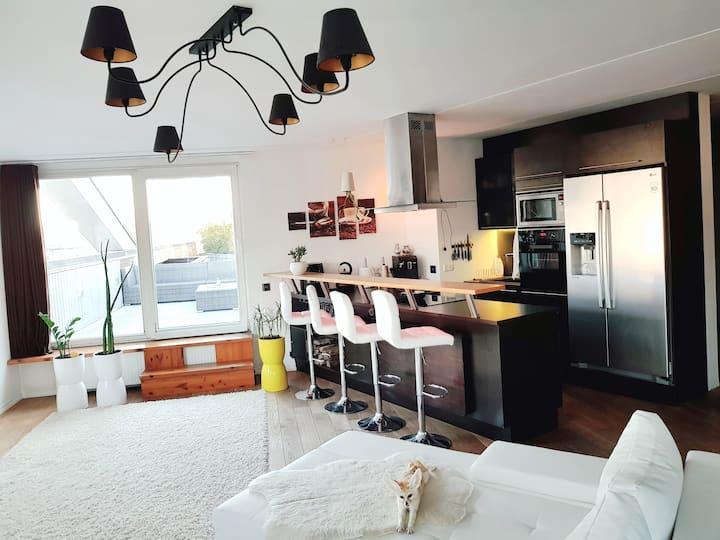 Квартира 73 м2, терраса 69 м2 и экзотическая лиса.