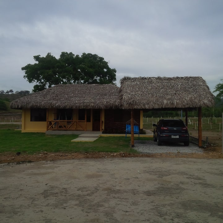 Country house and beach / Casa de campo y playa