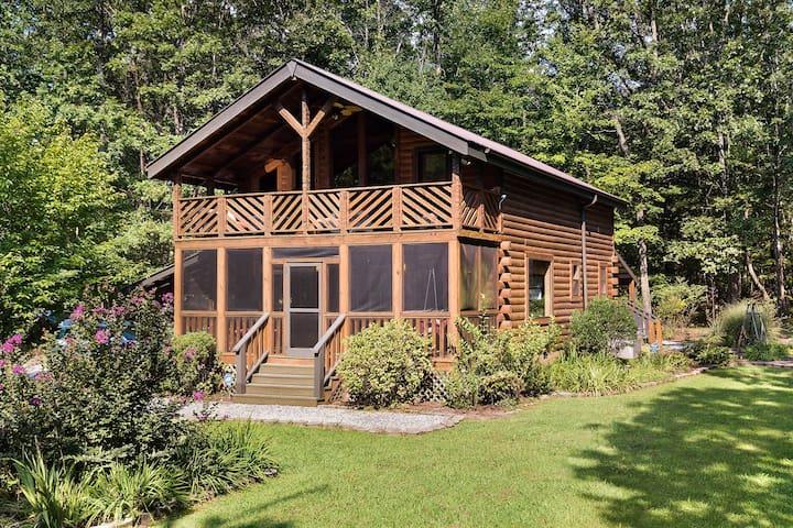 Luxurious Mountain Cabin in Monteagle Near Sewanee