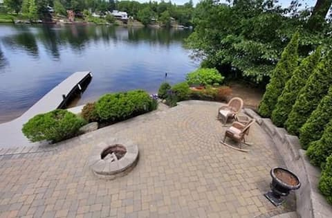 Private Mother-In-Law apartment on the lake!