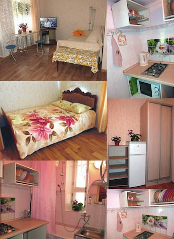 Apartment at a sea (side-street Лермонтовский) - Odessa - Apartment