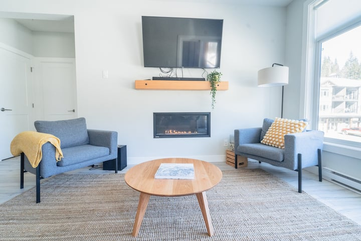 The Alpine Rooms, Peaks West Ski-in/Out, 2Bd/2Bath