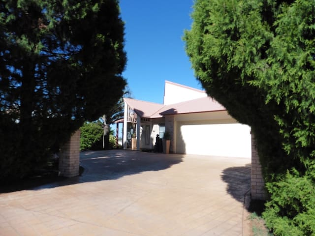 Retreat on the Range - Rangeville - Apartament