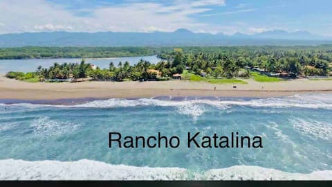 Rancho Katalina - Frente al Mar- Waterfront