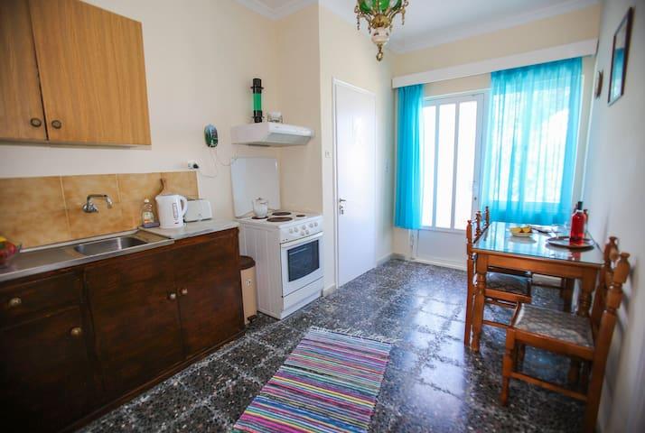 Mary's apartment in Xenios Avlais   Ground floor