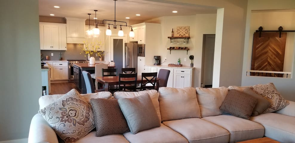 Entire home available for 2019 EAA