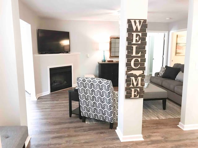 Welcome home as you walk into the foyer