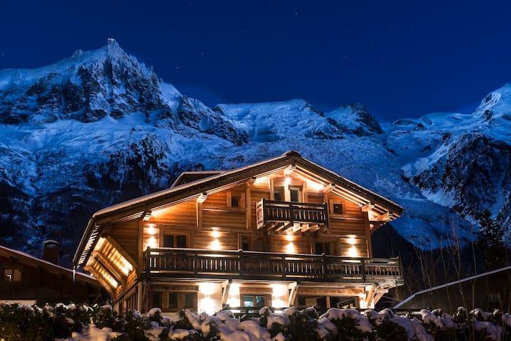 Luxury Chalet-Jacuzzi, Sauna, 5min Chamonix centre