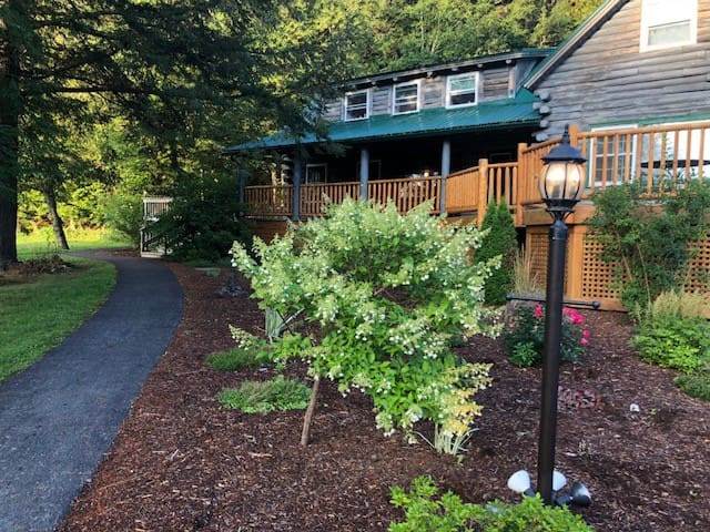 Private Suite #102 in Beautiful VT Lodge