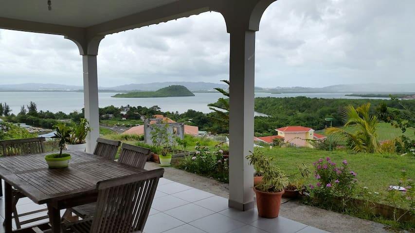 """Villa  """"bien-être entre mer et campagne"""""""