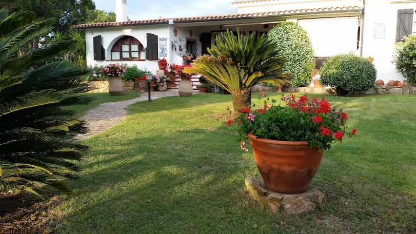 S. Teresa Gallura Villa La Sarra vacanze e natura