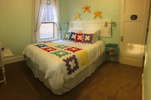 3rd Street Suite