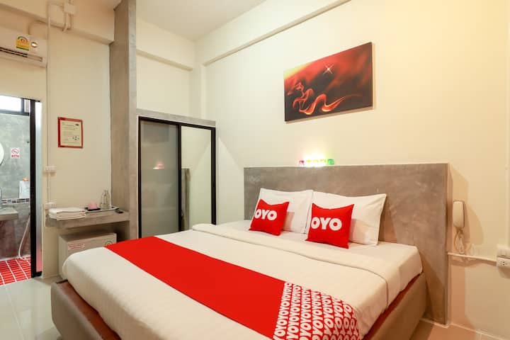 OYO 7 Days hotel/Monthly Room