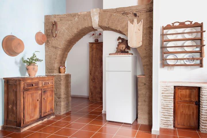Dimora Tipica della Sardegna del Sud(L'elicriso) - San Giovanni Suergiu - House