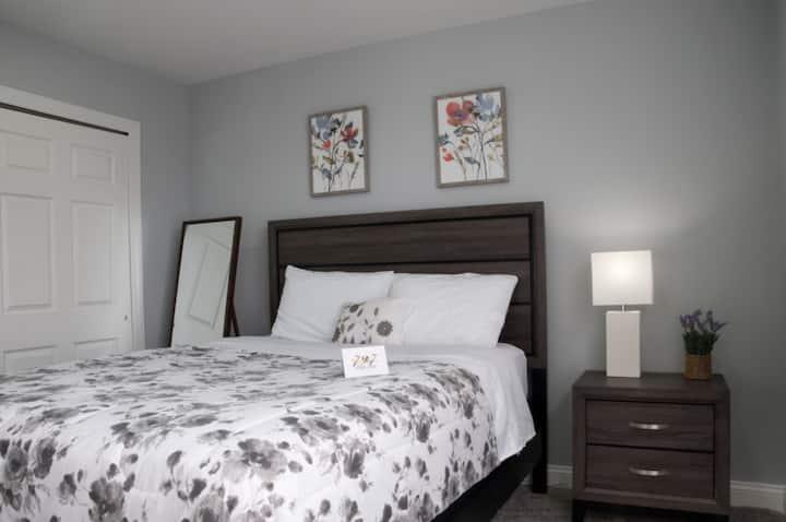 King Corner Apartment Suite