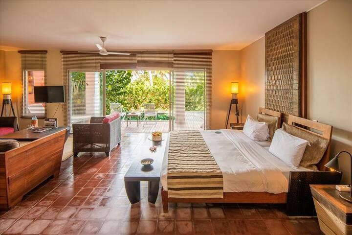 Suite dans villa avec terrasse et plunge pool privée