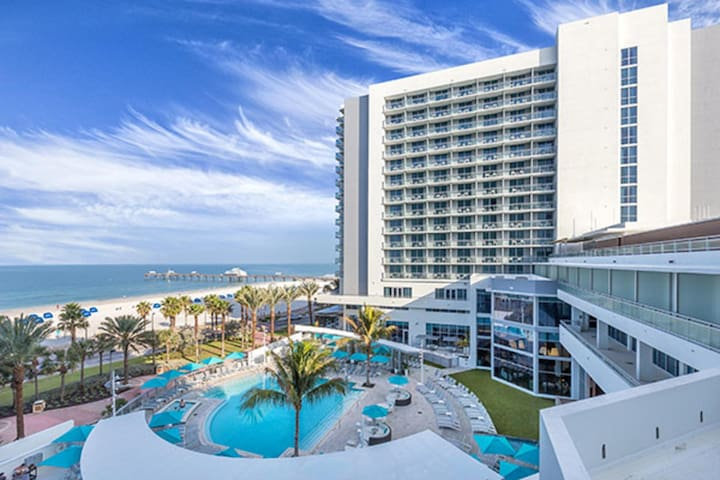 Clearwater Beach Front, One Bedroom Deluxe Condo (A500)