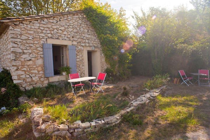 Mazet provençal au pays des Sorgues