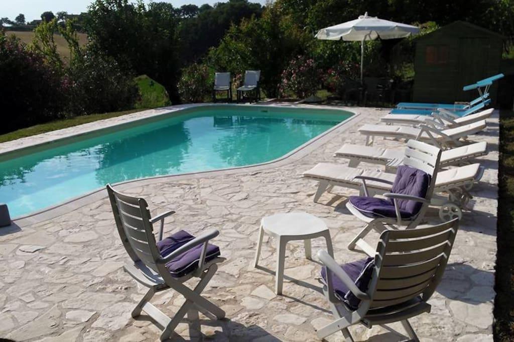 La piscina privata a disposizione degli ospiti