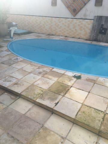 Casa duplex e Fortaleza-ce com piscina e deck