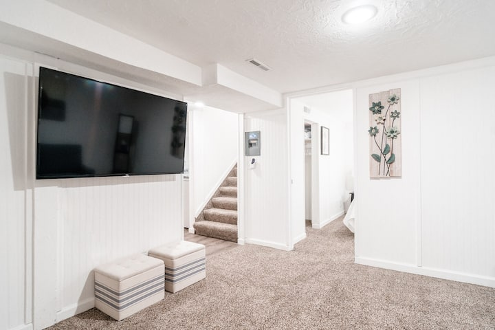 Cozy Central Basement Rental Rexburg