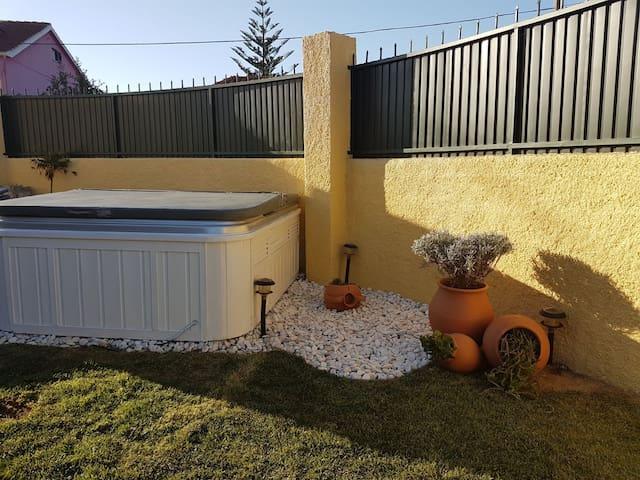 Moradia com piscina Costa da Caparica