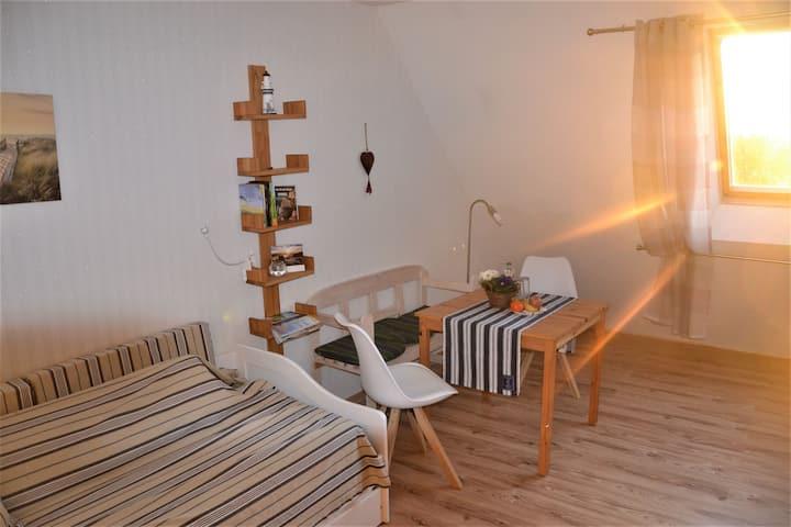 Ferienwohnung Landidyll, (Trinwillershagen), Ferienwohnung Landidyll, 80qm, Garten, 2 Schlafzimmer, max. 6 Personen