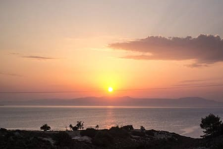 Sunset Seaview Private Room 1 €7 Airport Rides - Kalathas