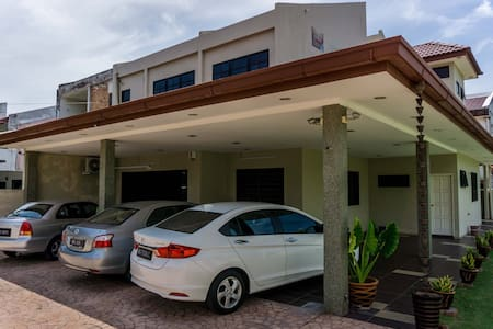 Sunrise Villa Homestay Rooms - Ipoh