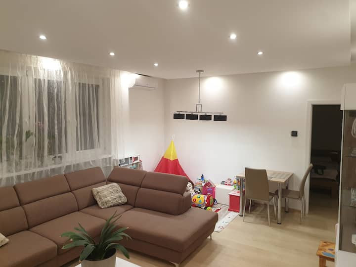 4 room apartment in a 4 apartment building