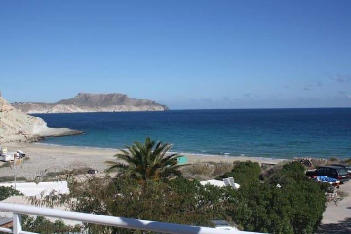 Cala del Plomo - PN Cabo de gata-Dispone 2 kayacks