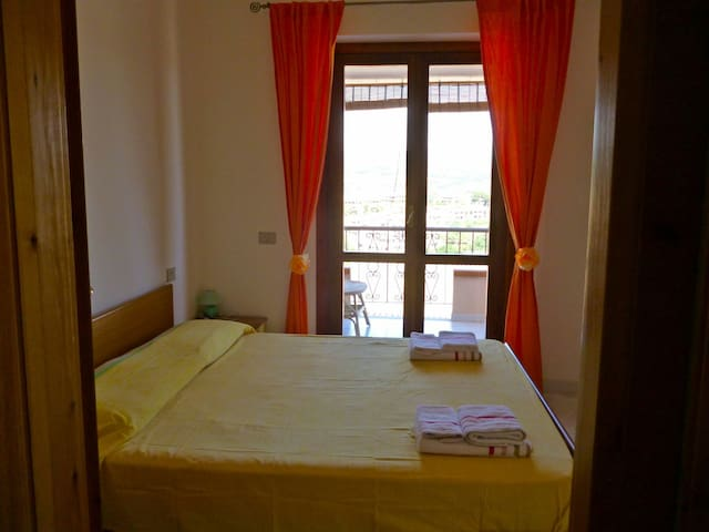 Lovely double room via Parigi Villasimius