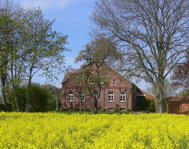 Gulfhof Klein Sande - Bauernstube - Hinte - Apartamento