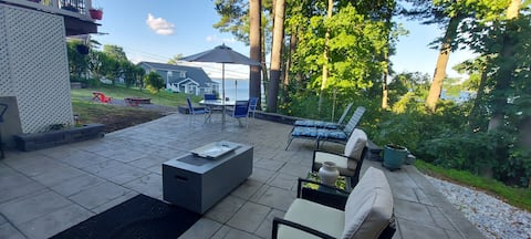 Lucky Lake View  suite w/patio on Saratoga Lake