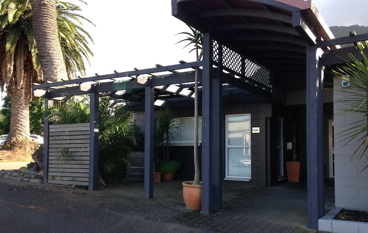 Whitaker st Apartment - CBD location - Te Aroha - Apartamento