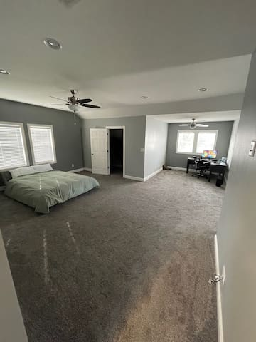 Recently renovated, entire upstairs room & office!