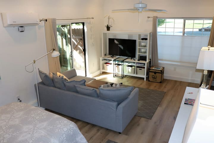 Plenty of room to relax - watch all you want with free Netflix, HULU. Amazon prime. & OTA channels, pay movies are at guest expense and will be charged Sorry no smoking or pets