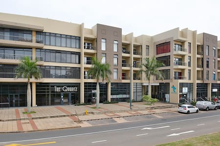 The Quartz, Modern, Spacious 2 Bedroom Apartment - Umhlanga - Apartamento