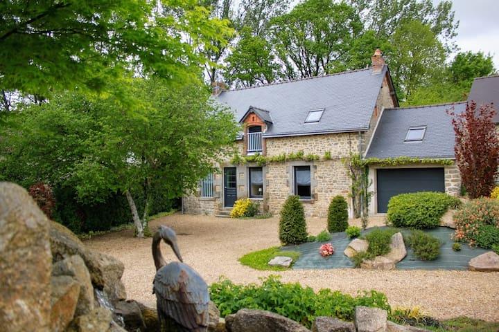 Gîte de la Bourgonniere (7 couchages) Mayenne