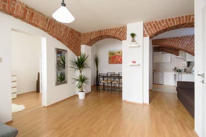 Vienna Living Apartments - Währing Deluxe