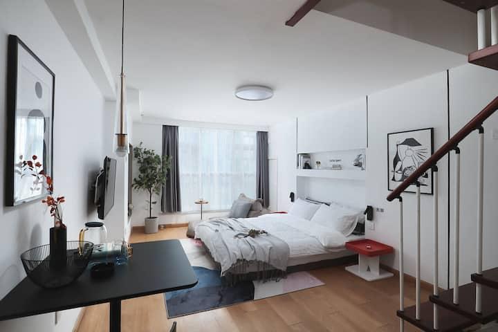 【鸦青】北欧设计公寓/夫子直达/复式公寓/双卫生间可做饭/南京南站