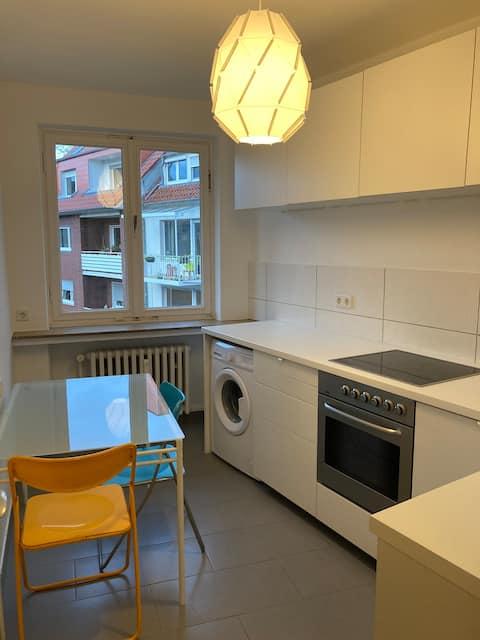 super-zentrales 1ZKB-Apartment 3 M bis 1,5 Jahre