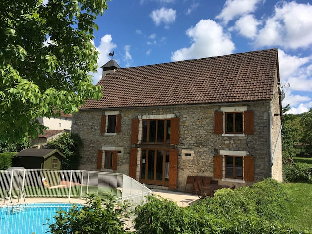 Beautiful large barn +pool nr Bretenoux & Dordogne - Biars-sur-Cère - House