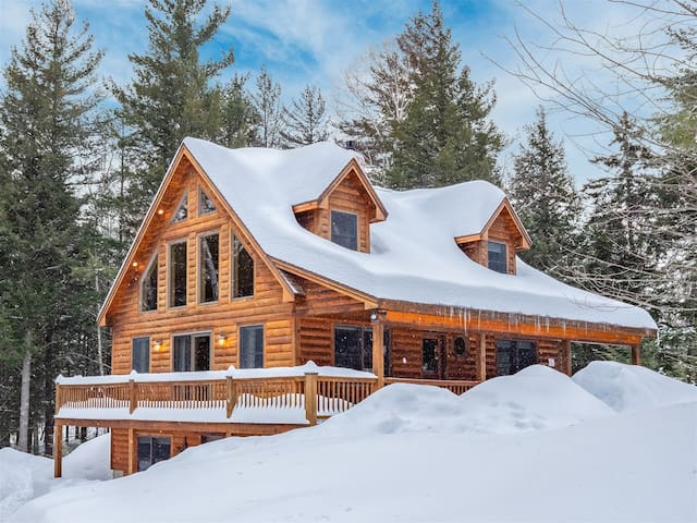 Sunday River Will View Ski Chalet