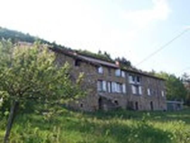 Chambre d'hôte Ardèche 1 à 12 personnes