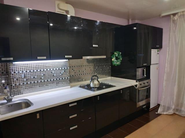 Люкс апартаменты на Гладкова