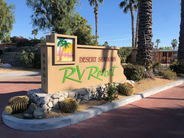 "Desert Shadows Resort RV""Lot""for Rent Palm Springs"